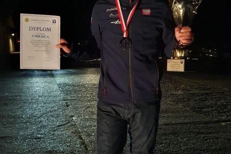 Złoty medal Mistrzostw Polski.jpg